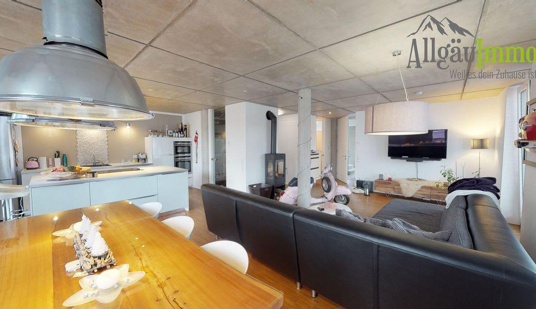 Fantastische helle Wohnung mit großem Balkon in bester Lage in Memmingen